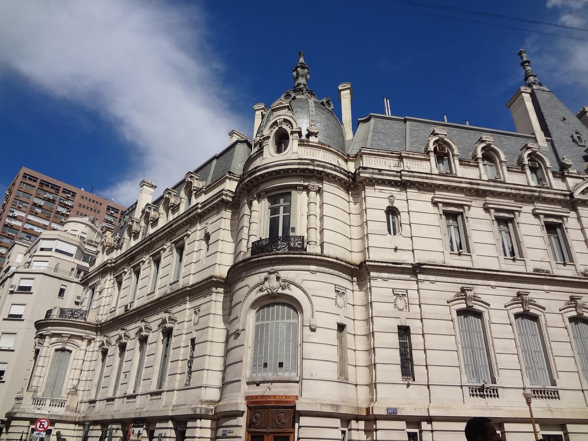 facade-949153_1920